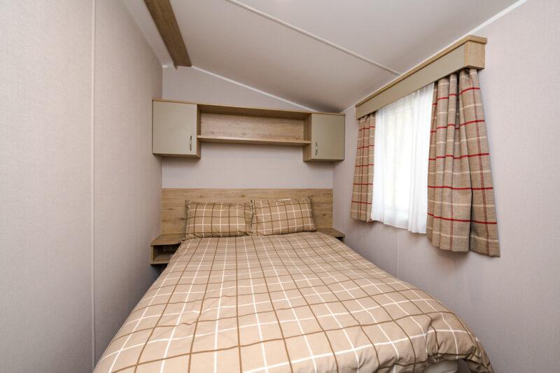 3 bed hire caravan holiday-home-double-bedroom