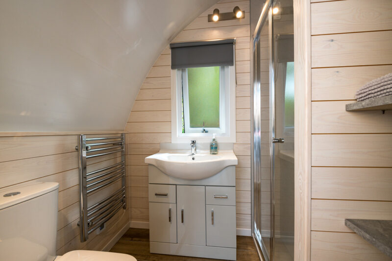 deluxe camping pod shower room